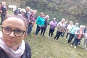 Spacer edukacyjny - zajęcia terenowe dla UTW w Kluczach (październik 2020 r.)